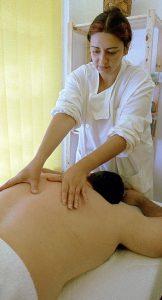 massagem-terapeutica-costas